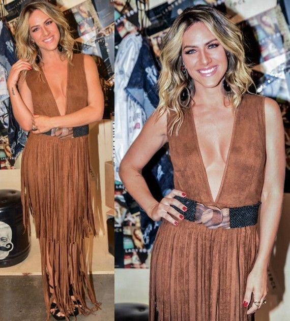 Giovanna Ewbank arrasa com look de franjas em vestido decotado