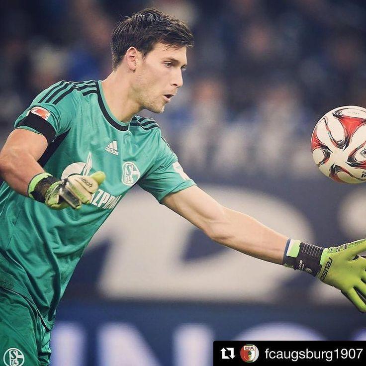 Der nächste Neuzugang: Fabian #Giefer wechselt von @s04 zu uns. Herzlich willkommen in #augsburg  #fca #fcaugsburg #FCA1907 #rotgrünweiss #fussball #bundesliga #bundesligageil #transfernews #schalke #wechsel