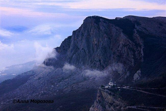 Гора Форос и форосская церковь.Крым,Россия