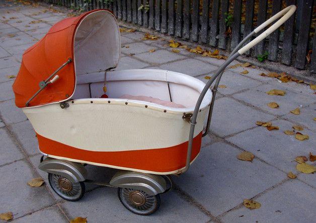 Vintage 50er Jahre Puppenwagen, Kinderwagen