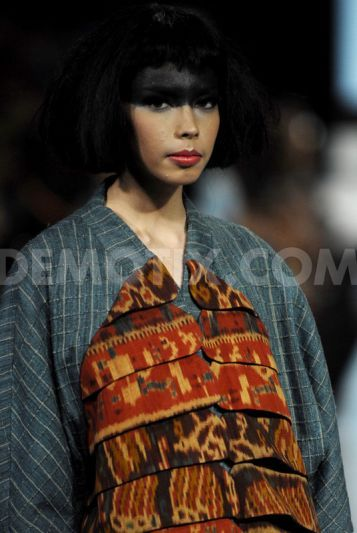 Oscar Lawalata collection at Jakarta Fashion Week