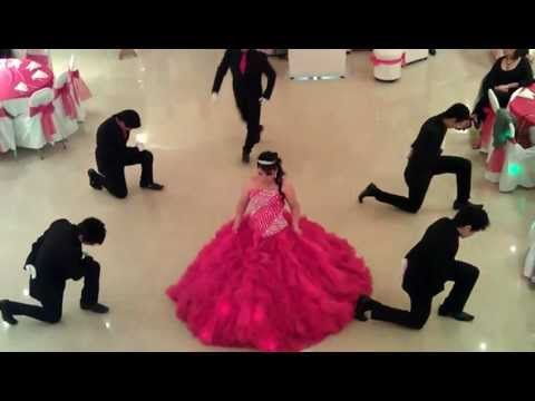 Baile de Ana Conde - YouTube