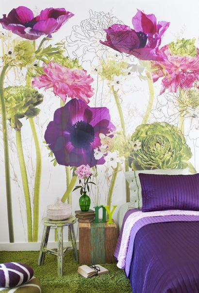 bedroom with Flower wallpaper - Urban Flowers living