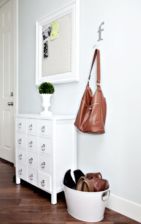 Entry organization inspriation from boxwood clippings_a little organized hallway
