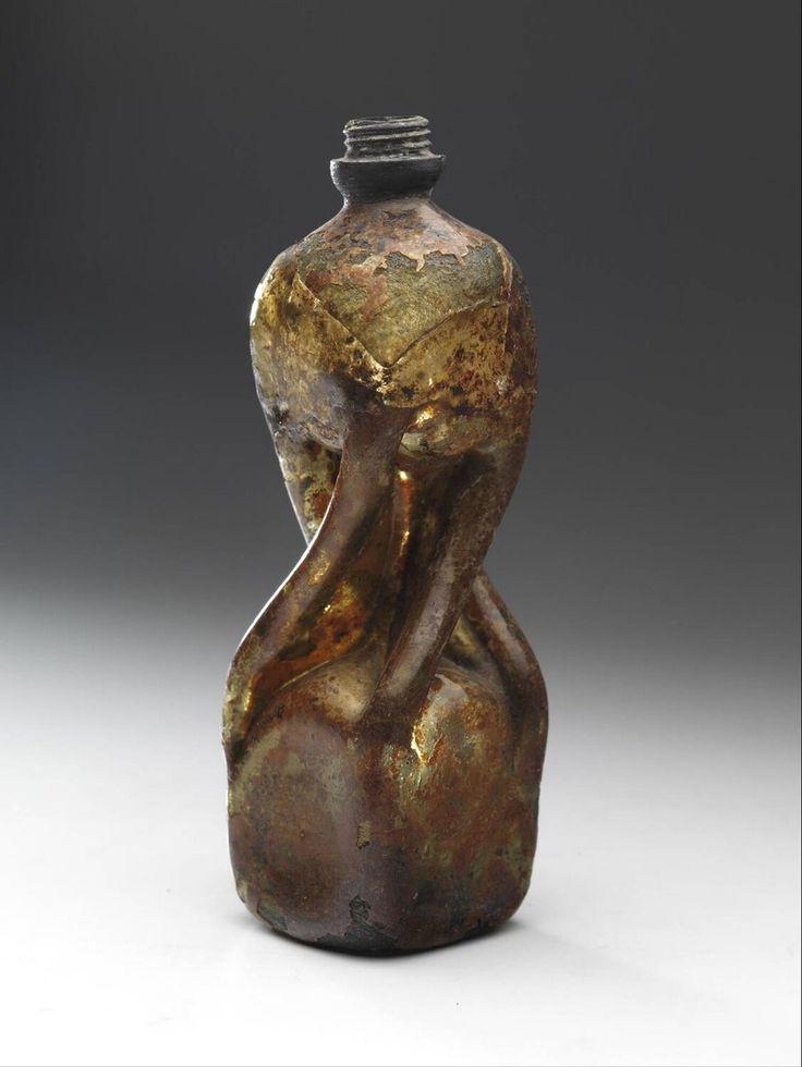 tubed bottle, Anonymous, 1600 - 1675   Museum Boijmans Van Beuningen
