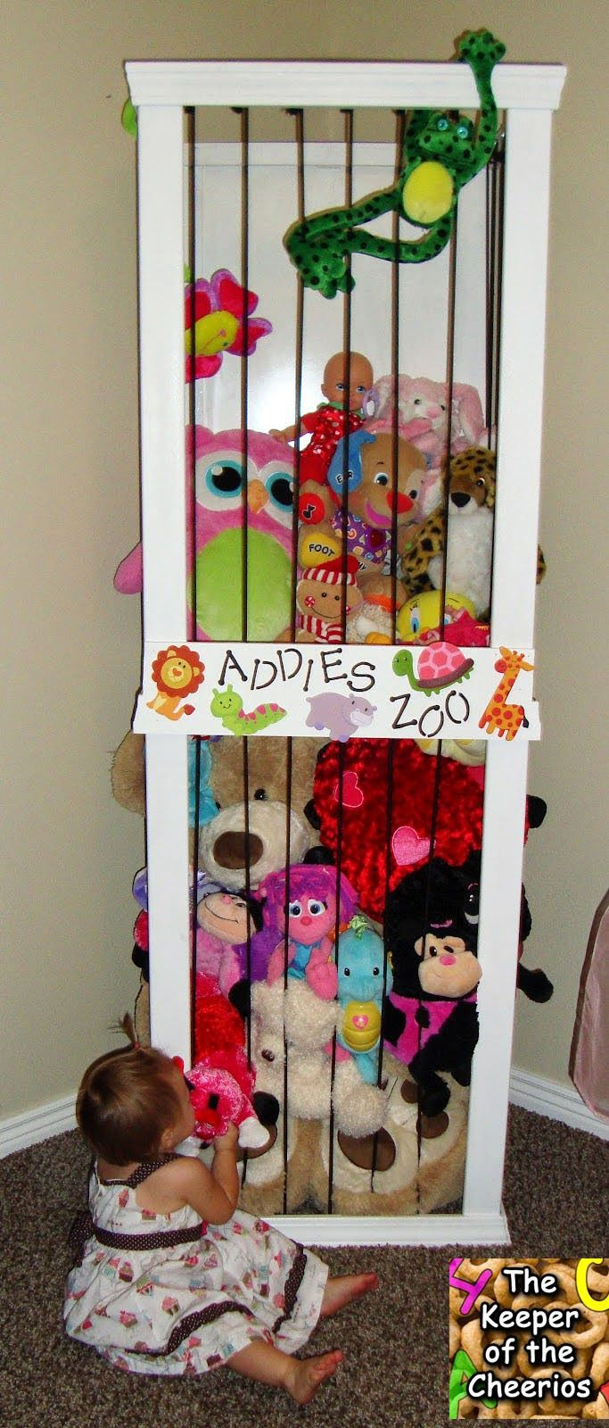 17 best ideas about stuffed animal zoo on pinterest. Black Bedroom Furniture Sets. Home Design Ideas