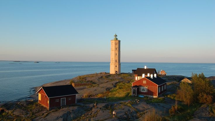 True relaxation kicks in when you realise there's not much you can do about anything. The sea keeps stress away at Söderskär lighthouse. - Leisurely at the Lighthouse | VisitFinland.com