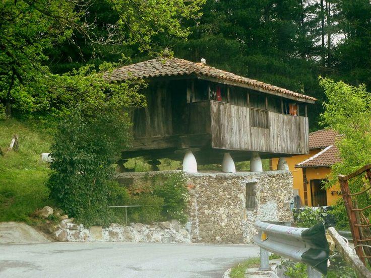 Horreo en Linares Asturias