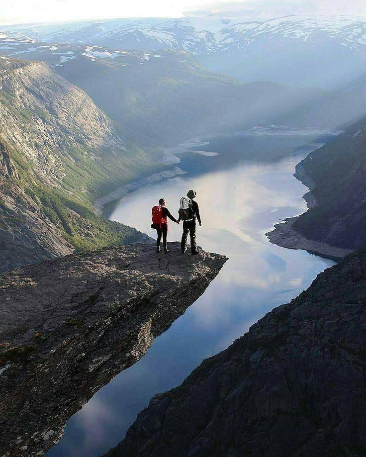 "8,968 Suka, 62 Komentar - Nature Fervor (@theglobefervor) di Instagram: ""Who's your adventure buddy? Photo by @the_limitless_ones"""