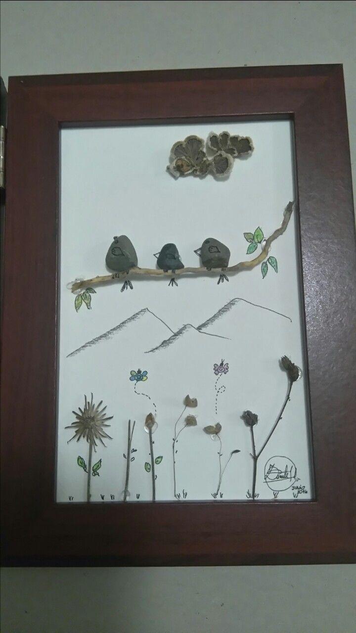Pebble Art,  pajaritis con su piqüi
