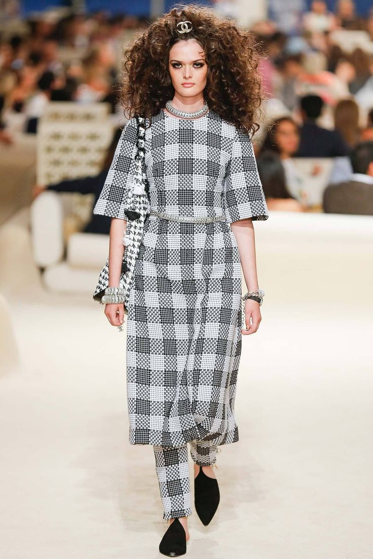Chanel Resort 2015 Fashion Show - Sam Rollinson