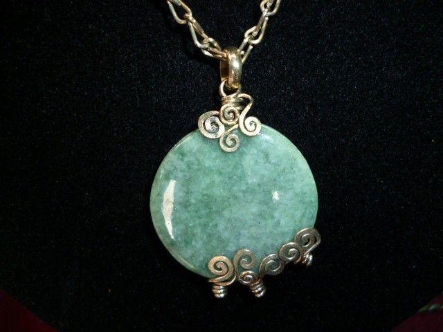 collar de alpaca y dije de jade