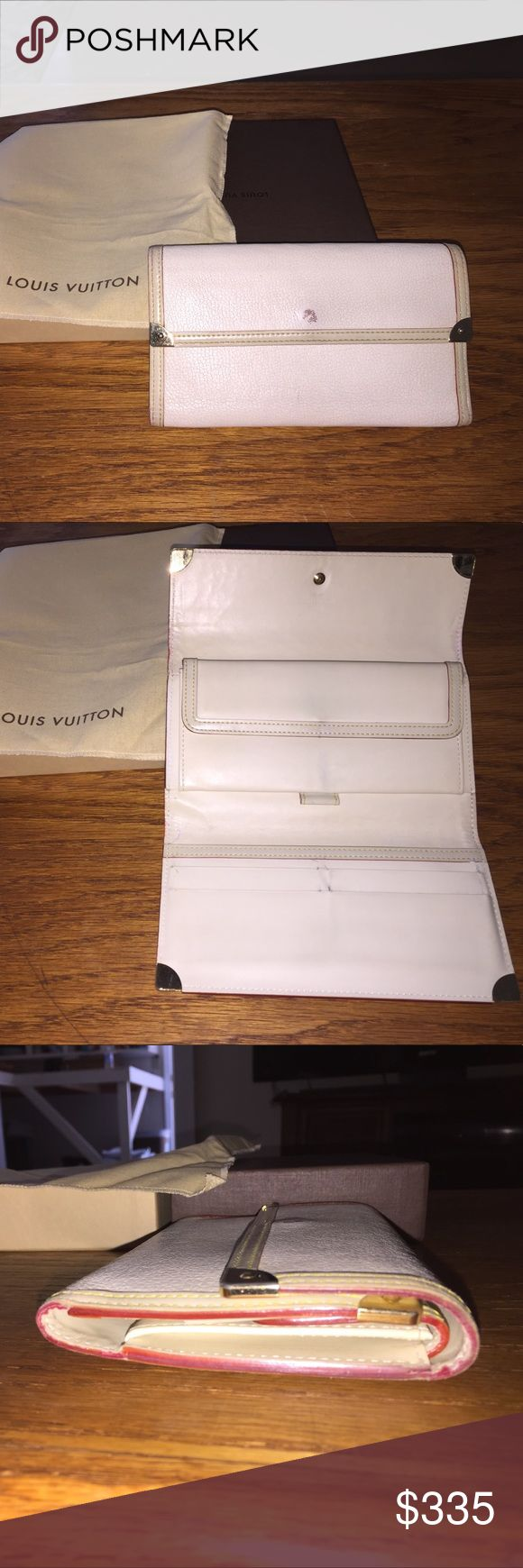 New listing📛🌶⛑Authentic Louis Vuitton wallet White authentic Louis Vuitton wallet very minor wear with box and bag very good condition Louis Vuitton Bags Wallets