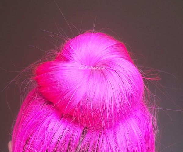 pink hair sock bun trend