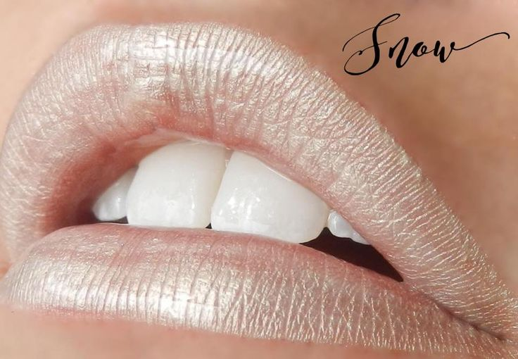 Limited Edition: Snow, shown with Glossy Gloss, Neutral, Frost #LipSense #Frost
