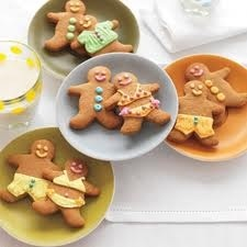 Easy & Funny Gingerbread Cookies...  ...YES they are wearing BIKINI's !!!
