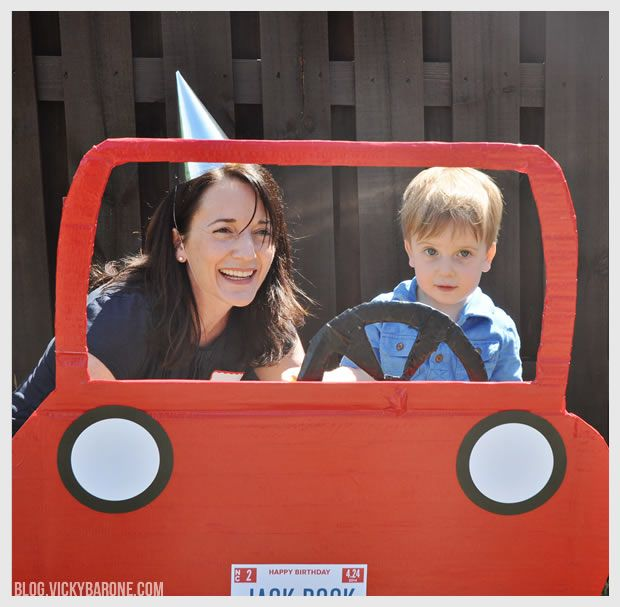 DIY Car Photo Booth | Vicky Barone