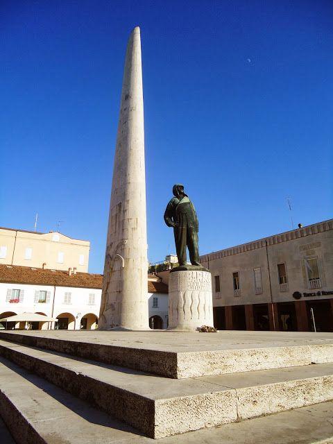 Lugo di Romagna (RA) - Monumento a Francesco Baracca