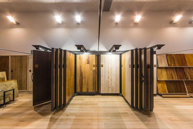Interno dello showroom Berni a #Empoli - area #parquet