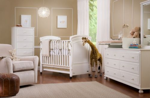 now that my sister is preggers i am forced to look online for baby stuff all day...and I am loving this nursery