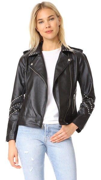 ¡Consigue este tipo de chaqueta de cuero de BB DAKOTA ahora! Haz clic para ver los detalles. Envíos gratis a toda España. BB Dakota Jerilyn Studded Washed Jacket: This fitted BB Dakota moto jacket is composed of supple faux leather. The rows of polished studs make a soft jingling sound. Exposed zips secure the placket and pockets. Lined. Fabric: Faux leather. Shell: 100% polyurethane. Lining: 100% polyester. Spot clean. Imported, China. Measurements Length: 22in / 56cm, from shoulder…