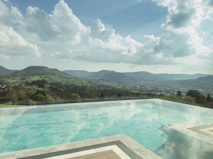 Das Ist Mal Ein Pool Mit Aussicht Auf Die Schwäbische Alb... #travel