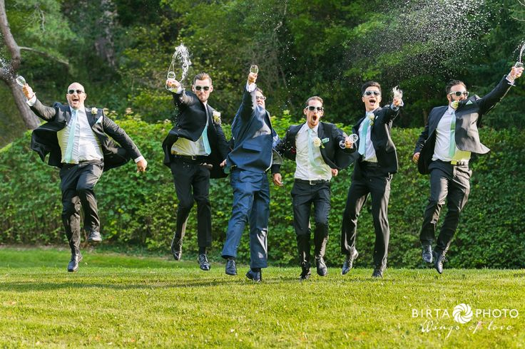 wings of love - wedding photo - www.birtaphoto.com #weddingphotography #WeddingphotographerVienna #Wien