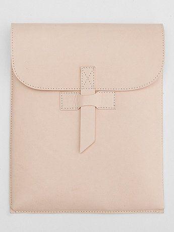 Nice! Mooi bij de tas... ;-) - American Apparel Leather Tablet Case
