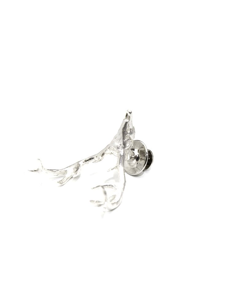 Deer Lapel Pin signed by Moogu | White Rhodium Sterling Silver plated | Handcrafted