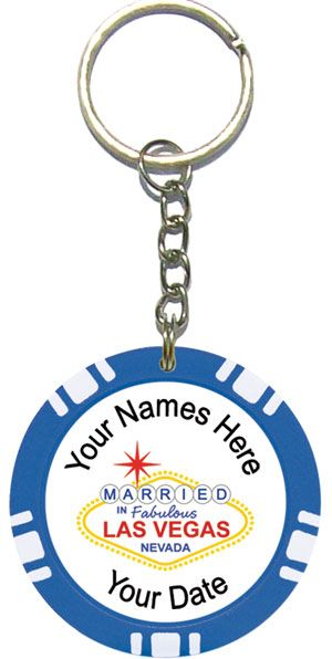 las vegas wedding favors ideas | Personalized Poker Chip Key Ring / Key Chain Wedding Favors