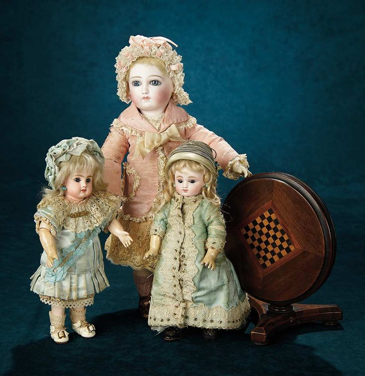 Forever Young - Marquis Antique Doll Auction: 101 French Bisque Bebe, Series C, with Wire Lever Eyes, by Jules Steiner in Rare Tiny Size