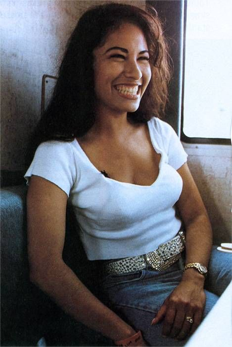 timelessotimist.com | Remembering Selena Quintanilla Perez