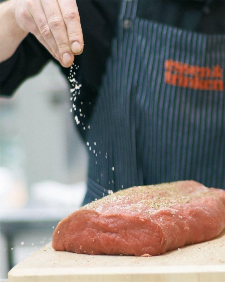Rezept für Grundrezept Roastbeef bei Essen und Trinken. Ein Rezept für 8 Personen. Und weitere Rezepte in den Kategorien Gewürze, Kräuter, Rind, Hauptspeise, Brunch / Frühstück, Braten (Fleisch), Backen, Braten, Britisch, Einfach, Gut vorzubereiten, Klassiker.