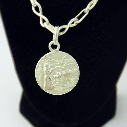 Collar de Plata Tienda:Mestiza Modelo: Pastora Precio: $41.488  Ver aquí: http://bit.ly/1deB4z8