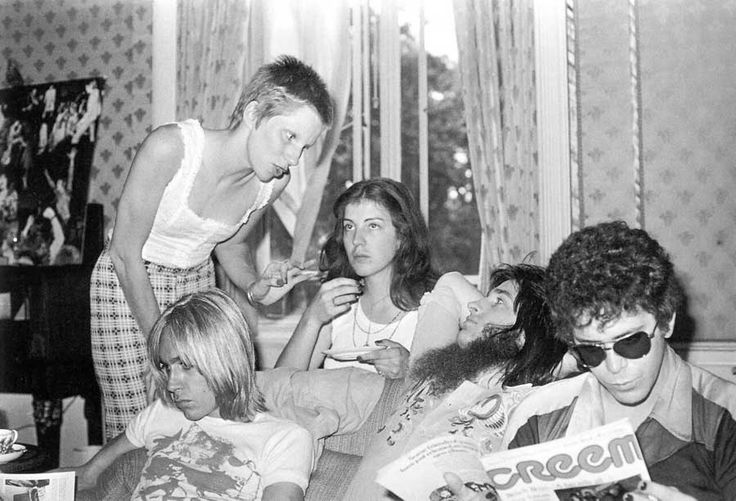 Angie Bowie, Iggy Pop, Trevor Bolder and Lou Reed   Rare, weird & awesome celebrity photos