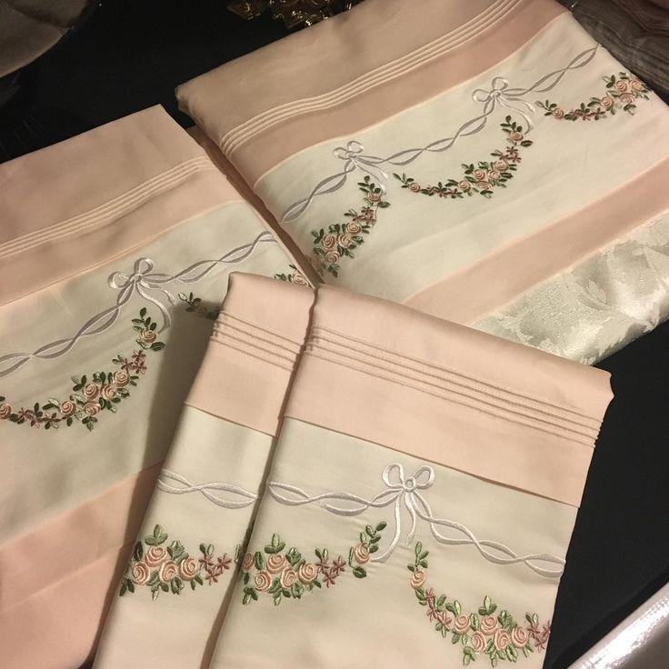 """1,116 Likes, 41 Comments - DANTELEVİ / FLORYA (@dantelevi) on Instagram: """"Nakışlı pike nevresim setimiz #dantelevi#luxuryhome#instahome#tablecloth…"""""""