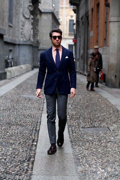 Mens street style: tailored suit with skinny leg pants | Suits
