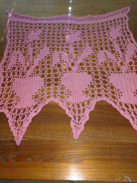 Crocheted Girl's Room Mini Curtain #1