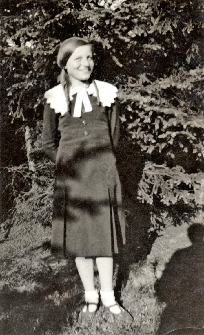 "Rela Fafková (30.7.1920 - 24.10.1942), older sister of Liboslava Fafková. From memoires of her former school teacher Josef Ogoun, member of Czech resistance, who came through the German occupation, Rela was ""gentle and faithful servant of national patriotic rights"". Photo from http://www.ustrcr.cz/data/pdf/pamet-dejiny/pad1202/033-047.pdf"