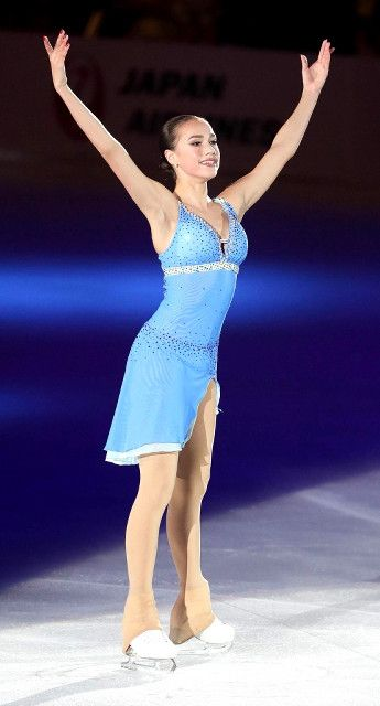 Alina Zagitova    THE ICE 2018   Female Skating Costumes ...