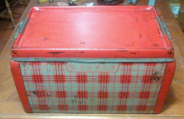 Vintage Columbia Terre Haute Indiana Plaid Metal Cooler Ice Kiltie Chest