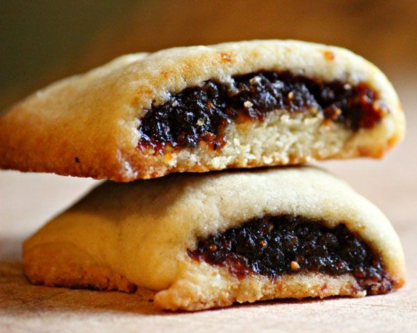These cookies consist of a sweet fig jam rolled up in a cake-like pastry — and they're easier to make at home than you think.