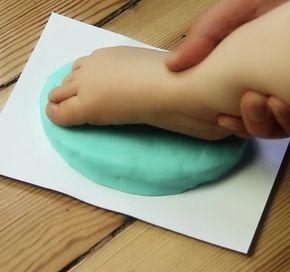 Wenn du Backpulver in einer Pfanne kochst, wird daraus ein echtes Kunstwerk. So einfach gehts.