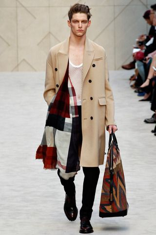 Burberry Prorsum Fall 2014 Menswear Collection Slideshow on Style.com
