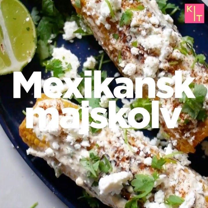 MEXIKANSKT GRILLAD MAJSKOLV RECEPT:  2 st färdigkokta majskolvar⠀⠀⠀ 50g fetaost⠀⠀⠀ 1 knippe koriander⠀⠀⠀ 0.5 dl majonnäs⠀⠀⠀ 0.5 dl crème fraîche⠀⠀⠀ 0.5 tsk chiliflakes⠀⠀⠀ 1 lime⠀⠀⠀ Salt⠀⠀⠀ Peppar ••• Blanda 3/4 fetaost med koriander, majonnäs, fraîche, chili, s&p. Grilla/stek majskolvar till nästan bränd yta. Bred på fetaoströra så det täcks helt. Skvätt över lime, Toppa med lite mer fetaost, koriander, chili,  servera!