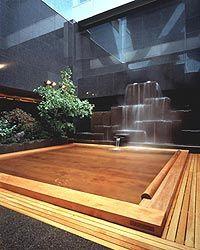すすきの天然温泉 湯香郷(とうかきょう) 檜の露天風呂やジャグジー、塩サウナなど、バラエティ豊かな温泉を満喫できます。本格志向のお食事や、マッサージ、エステなどのメニューも充実。各種お得なパックプランあり。 http://www.scci-net.com/shops/details/?id=1041