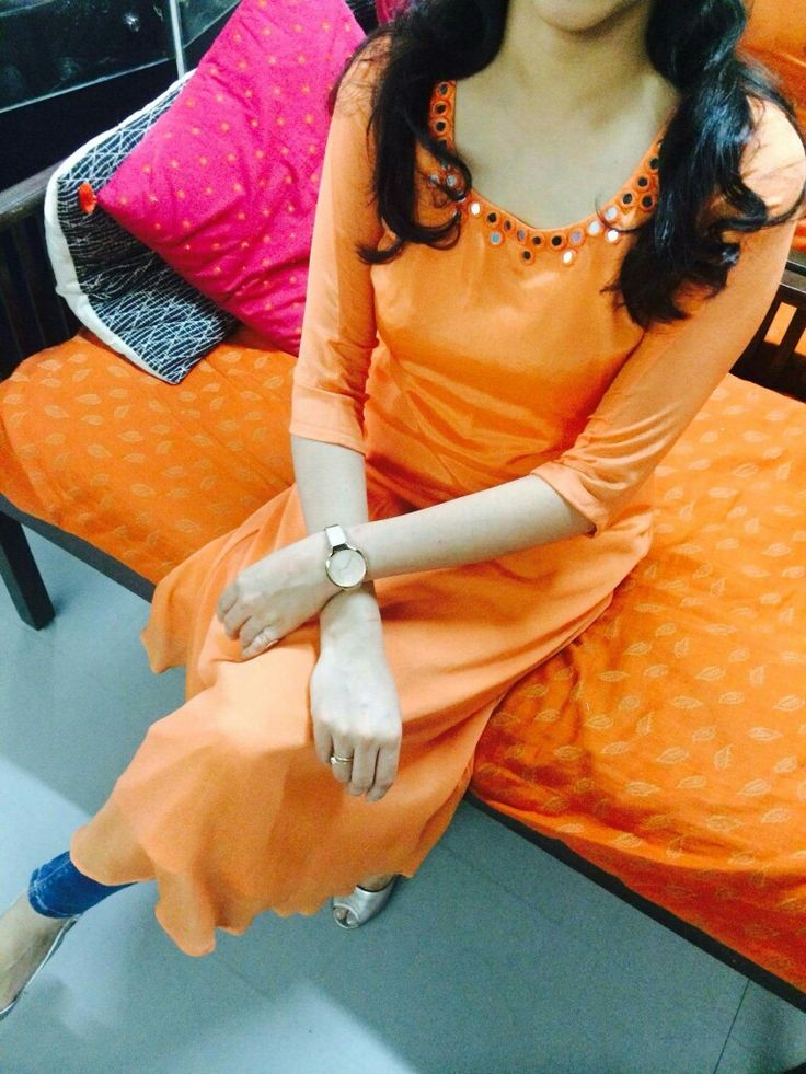 Custom made at Crystelle Boutique WhatsApp: 91-9847623128 ₹ 1000