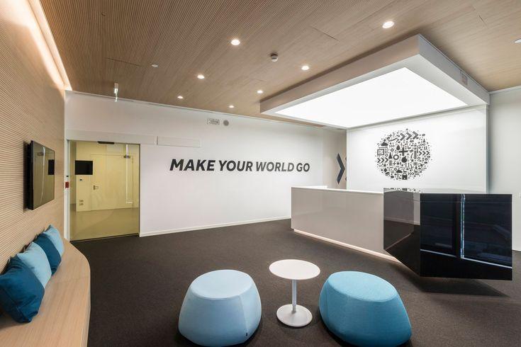 Xl Catlin Offices Milan Office Snapshots Lobby Interior Design Interior Design Portfolios Work Office Design