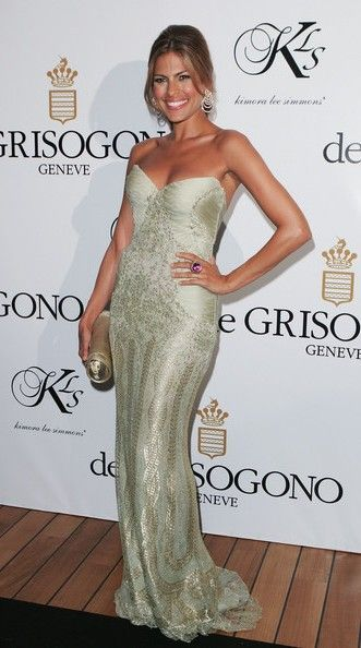 Actress Eva Mendes attends the De Grisogono party at Eden Rock during the 60th International Cannes Film Festival on May 22, 2007 in Antibes, France.