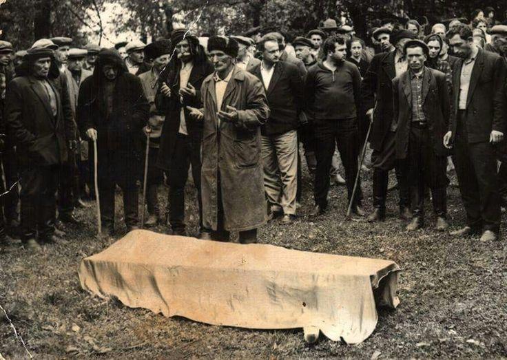 1960'lar Abhazya'da cenaze merasimi